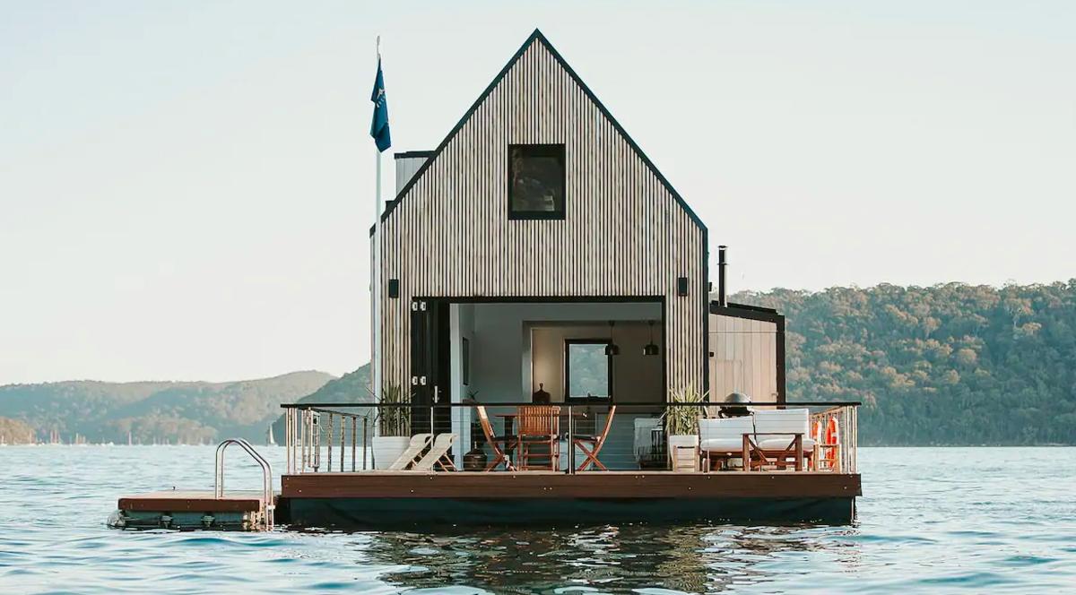 , This Solar-Powered Floating Villa Is a Quarantine Dream Rental